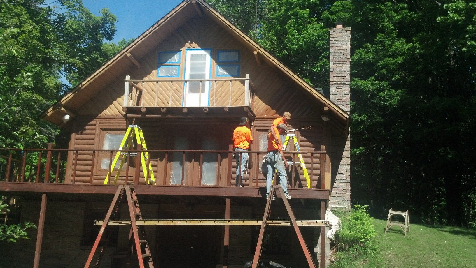 Log Home Staining Wiconsin